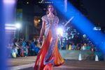 indian, model, runway, fashion